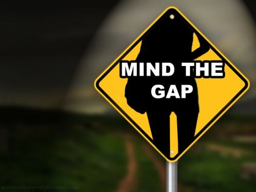 thigh-gap-mind-the-gap-sign